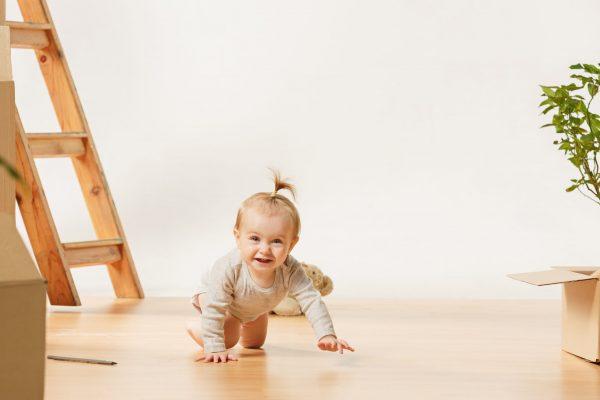 Asesoría en la práctica del movimiento libre en bebés.